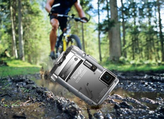 おすすめの防水コンパクトデジタルカメラ 対衝撃性能