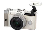 ペンタックス(PENTAX) ミラーレス一眼レフカメラQ斜め正面